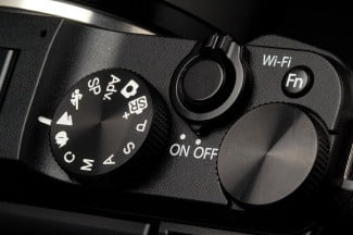 Fujifilm-X-M1-top-controls