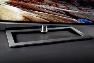 Toshiba 65L9300U 4k TV review front stand