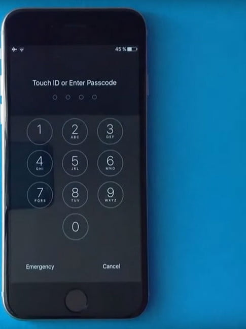 Apple fixes bug that let Siri bypass passcode to access Contacts and Photos