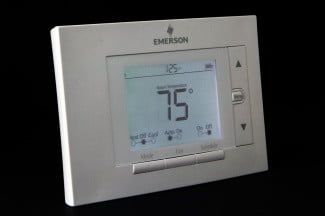Emerson Sensi thermometer review front light