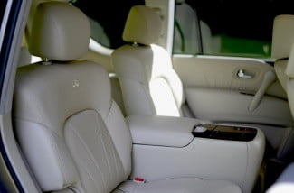 2013 Infiniti QX56 review back seats