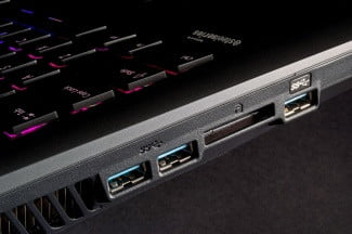 MSI Global GT60 Dominator Pro side ports 2