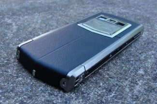Vertu phone bottom and right side angled