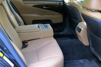 2013 Lexus LS600h L back seats