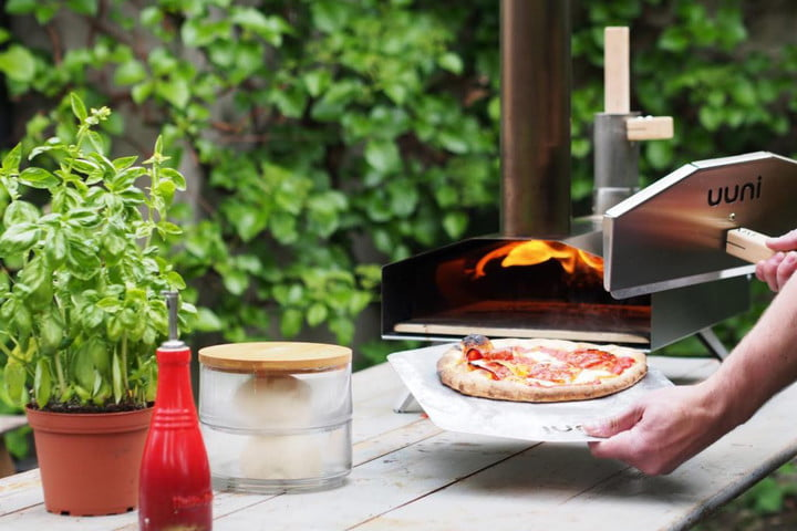Uuni 2S Wood-Fired Oven With Stone Baking Board Thumb
