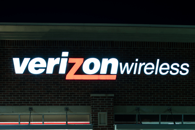 verizon employee sells customer records