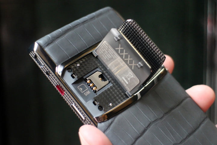 vertu new signature touch hands on