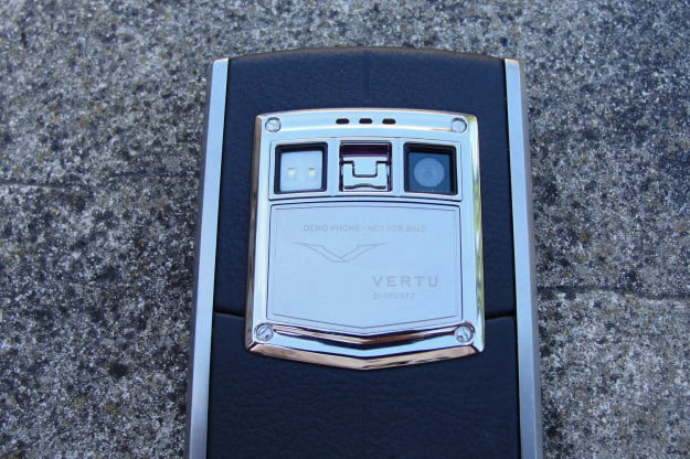 Vertu phone camera macro