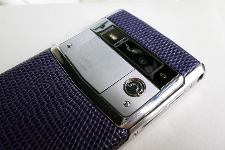vertu signature touch review back top detail