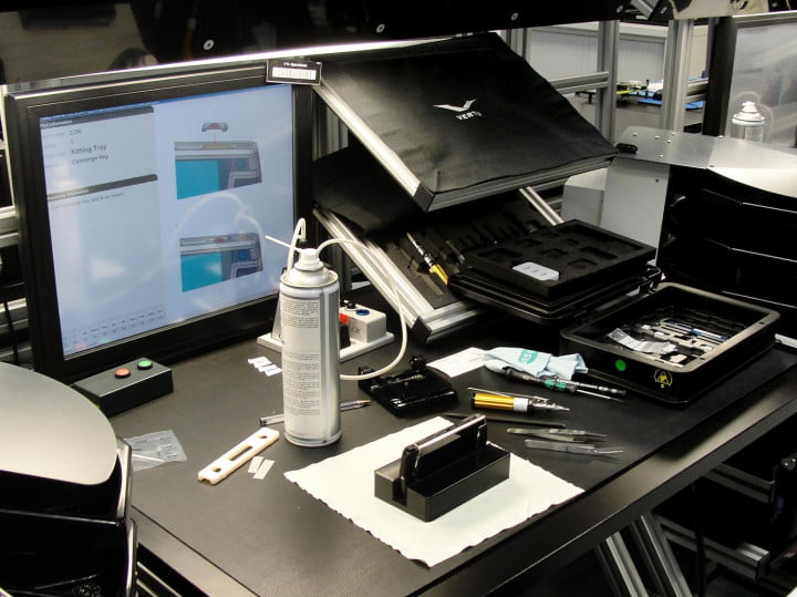vertu-tour-lab-workstation