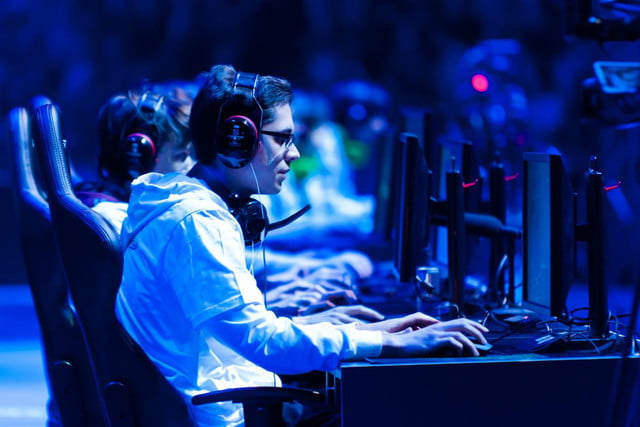 disney and mlb secure rights to league of legends tourney streaming video game tournament  x