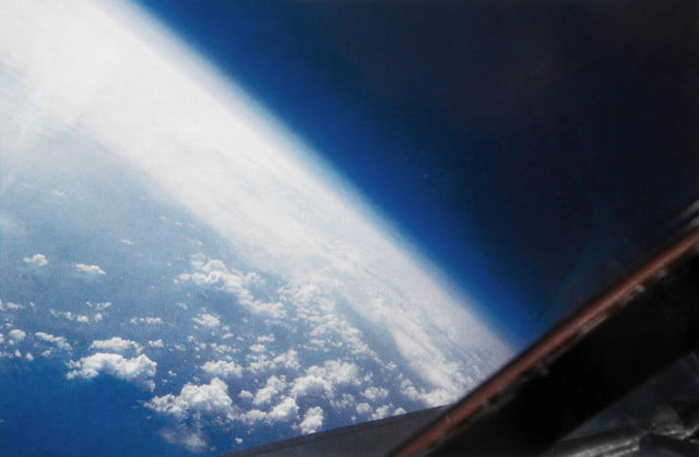 The view from inside an SR-71 at 73,000 feet