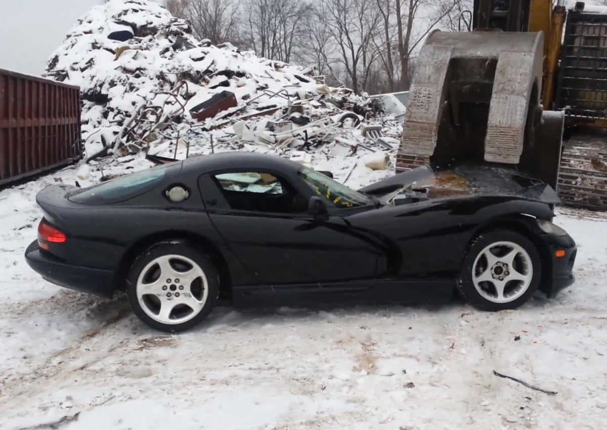 chrysler gone nuts sentences  vipers death viper crush