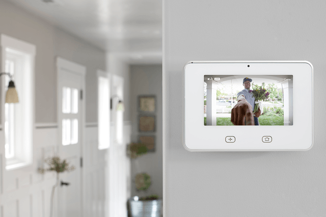 vivint smart home partners with airbnb solar ces  doorbell camera sky control