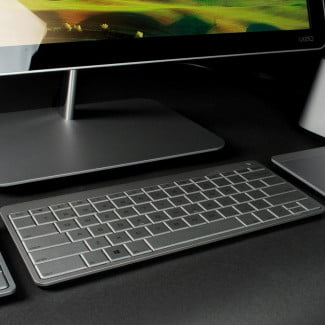 Vizio All in One Touch 24 review keyboard