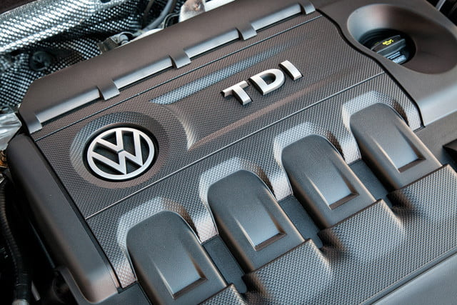 vw apologizes diesel announces electric volkswagen tdi