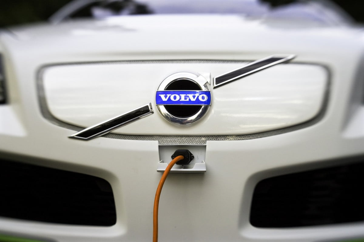 volvo electric vehicle plans specs news rumors ev