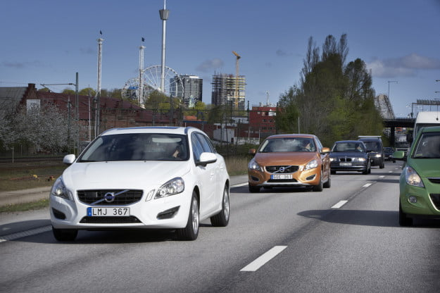 Volvo traffic jam assistance to debut in 2014