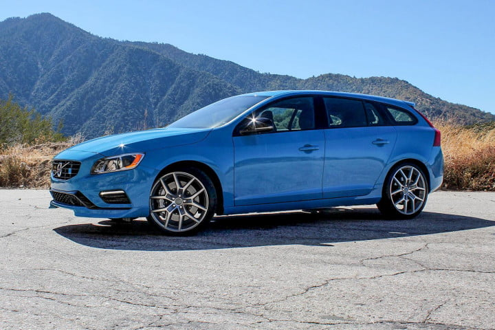 first drive  volvo v s polestar side