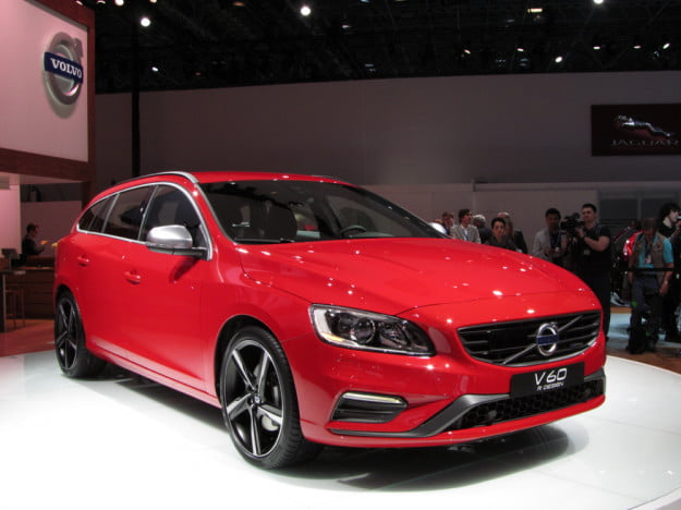 Volvo V60 R Design front three quarter