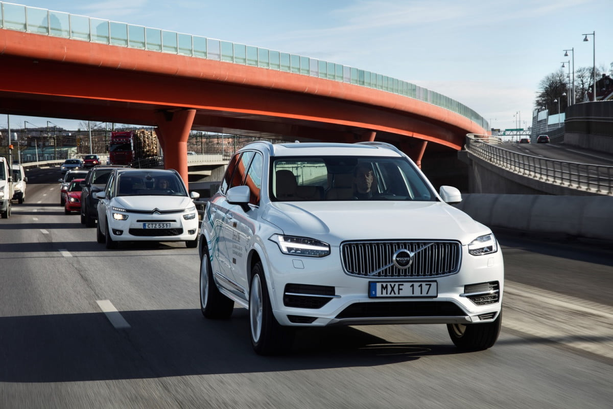volvo autonomous cars in china xc  drive me