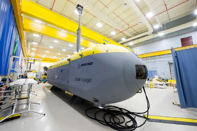 robotic sub explores underwater for six months voyager