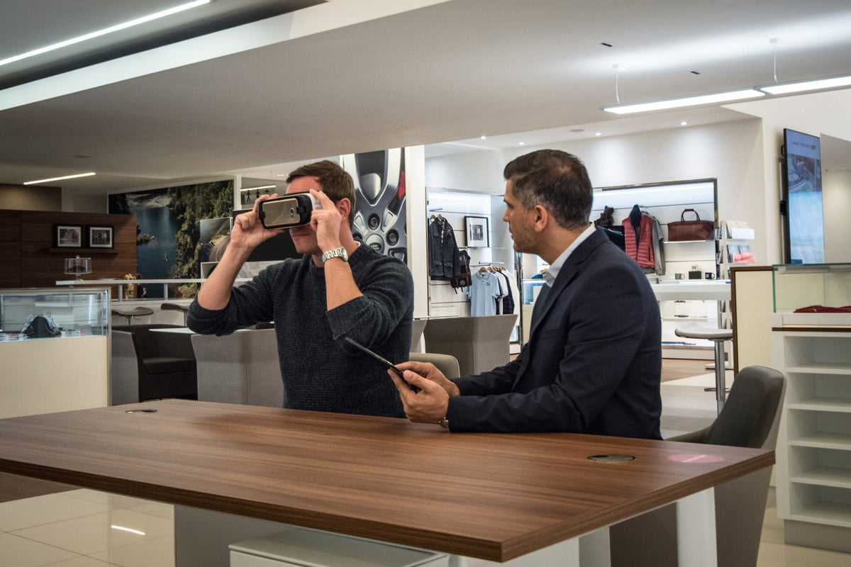 jaguar land rover virtual reality experience vr
