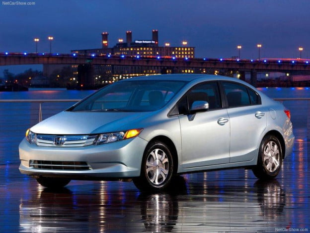 2012 Honda Civic hybrid front three-quarter