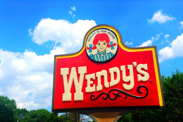 wendys malware infection  locations credit card breach sign logo