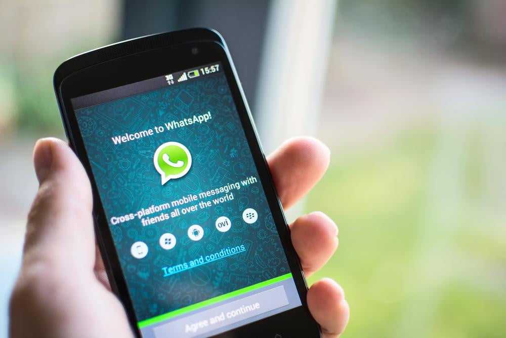 whatsapp will stop supporting blackberry older mobile operating systems by end of