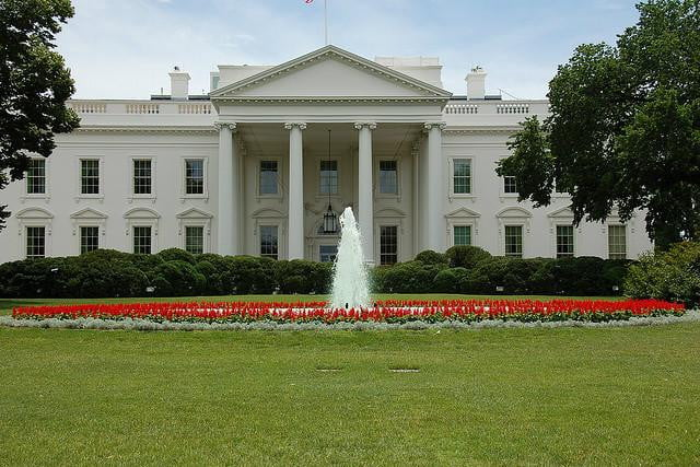 white house drone crash linked to drunken intelligence agency worker