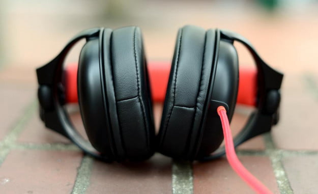 Wicked Audio Solus Review bottom dj headphones