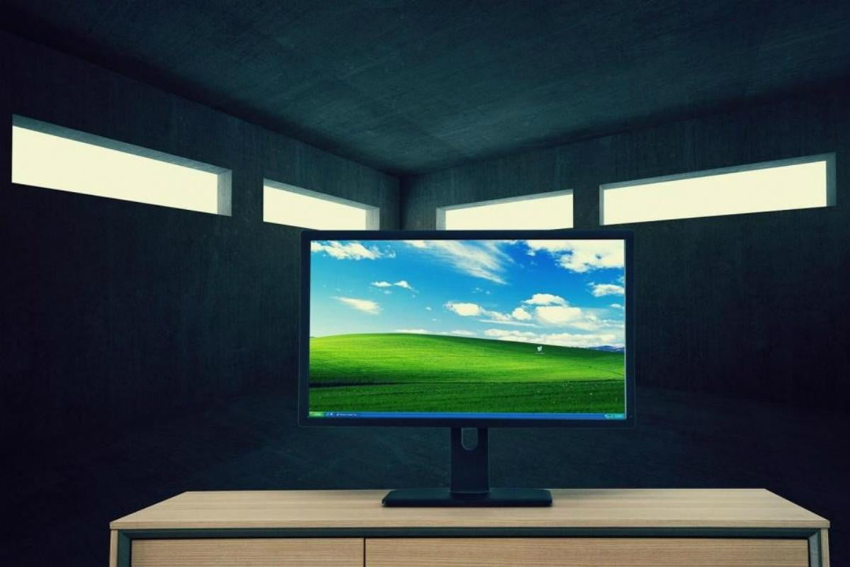 china to release a desktop os rival windows in october xp