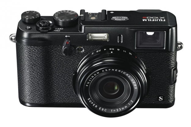 Fujifilm X100S in all-black