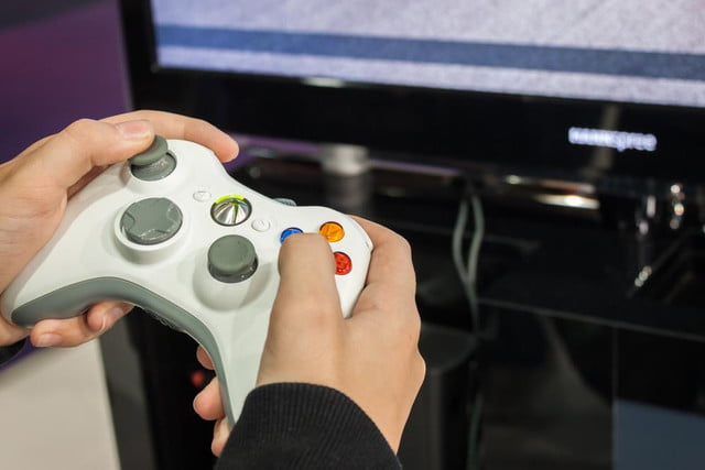 how to connect your xbox  controller a pc