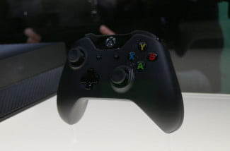 xbox-one-event-controller-front