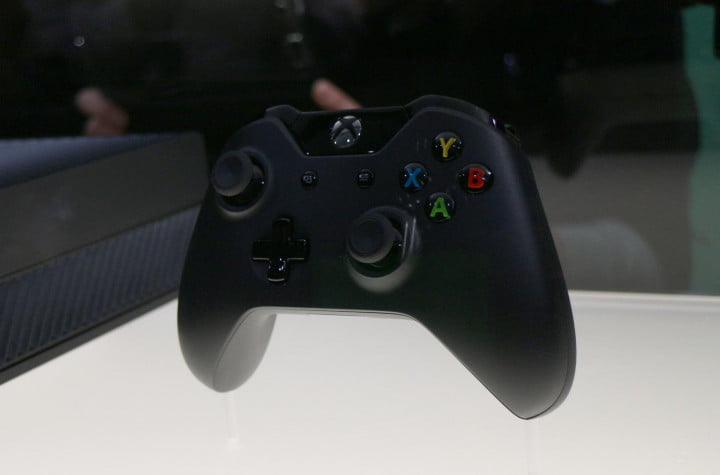xbox one announcement leaves behind some unanswered questions event controller front