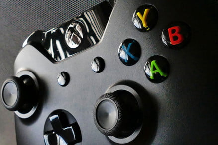 Steam Beta Client Adds Customization Support for Xbox One, Xbox 360 Controllers