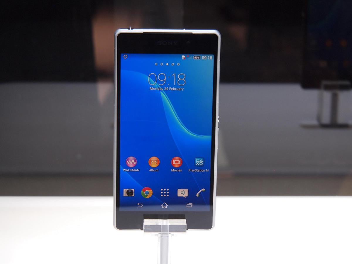 xperia z  available online u s customers summer says sony