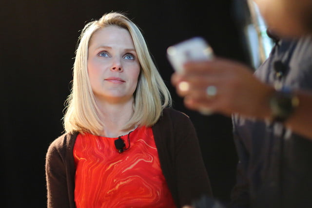 us charges russian yahoo hackers ceo  marissa mayer