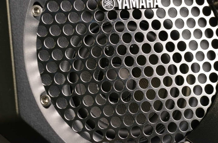 yamaha pdx b  review portable bluetooth speaker cone woofer