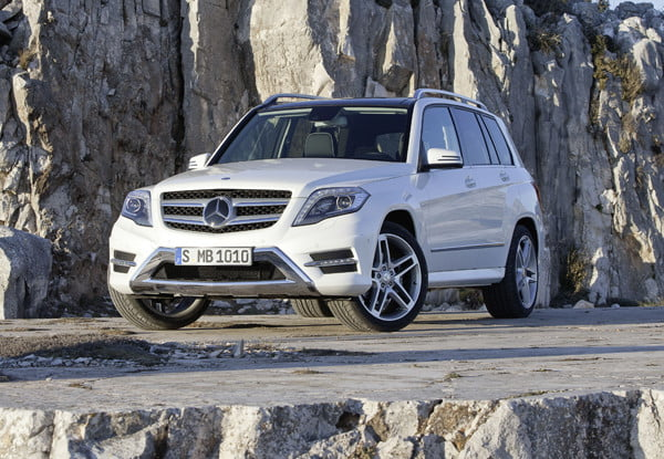 2017 Mercedes Glk 350 Promo Lower Front Angle