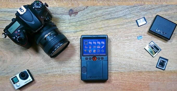The Flash Porter puts all your images in the palm of your hand