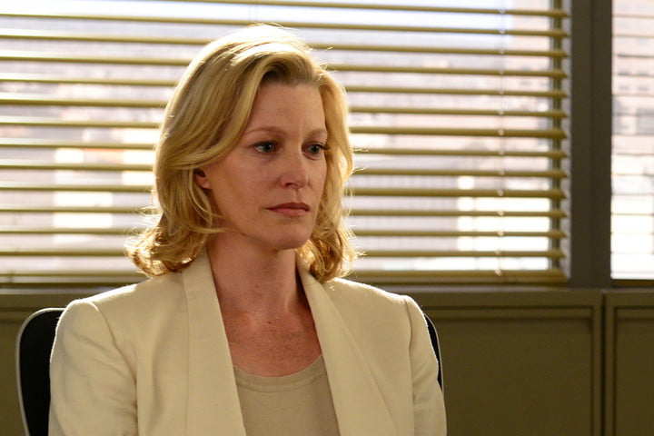 anna-gunn-as-skyler-white-breaking-bad_