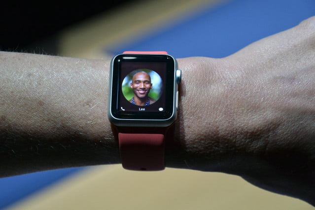 apple watch hands on 14