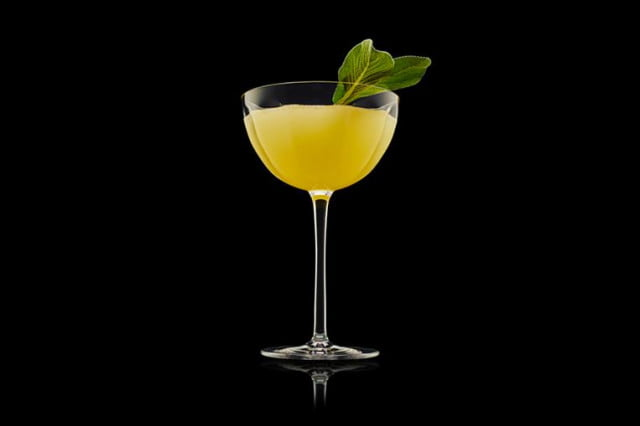 Celebrate summer with Tanqueray Bloomsbury