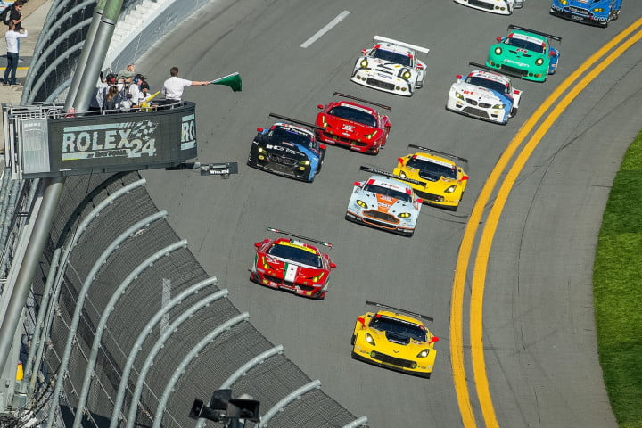 Corvettes Race In Rolex 24-Hours At Daytona