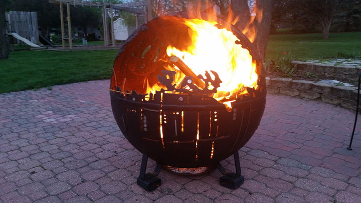 Death-Star-fire-pit_LmqXuac