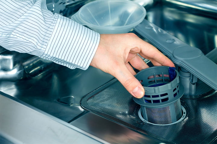 How to clean a dishwasher in a few easy steps