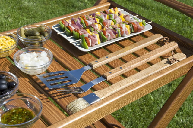 Essential guide to grilling accessories